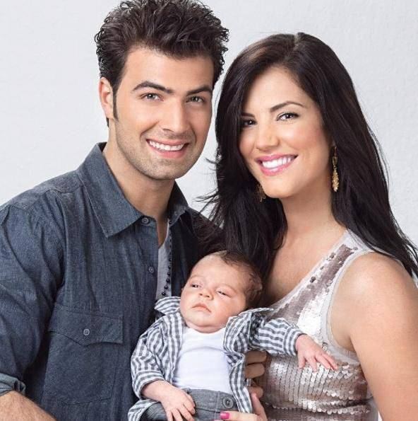 Jencarlos Canela, Gaby Aspino et leurs enfants